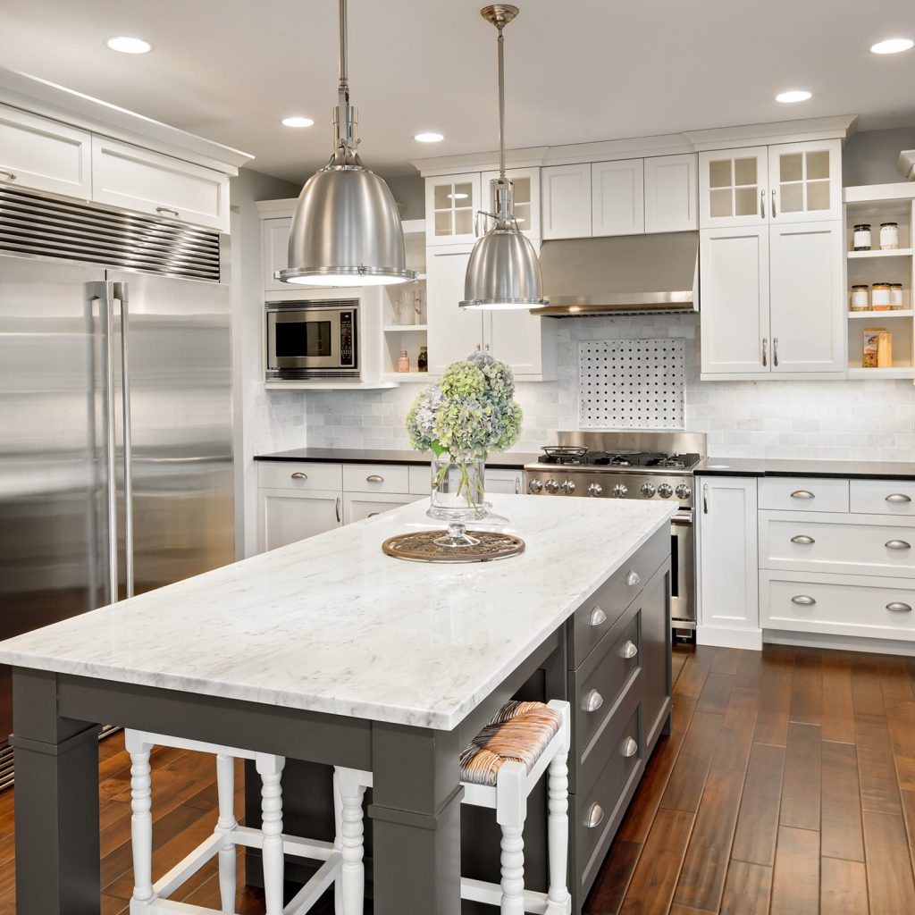 Wood looks flooring for kitchen | Noble Floors LLC